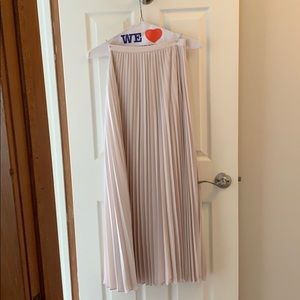 Banana republic high waisted pink pleated skirt